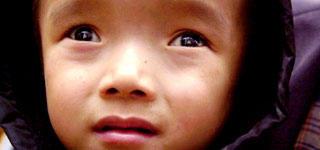 网聚光明-贫困白内障救治行动