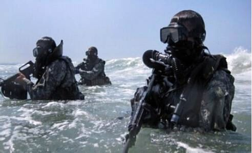 美国海军特战开发小组,它的前身为美国海军海豹部队第六小队,是