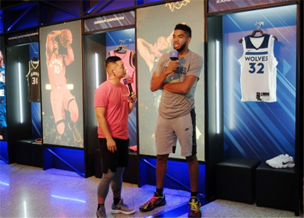 a产品端游看看产品延续体育类热度《NBA2KO第13届国际龙舟节图片