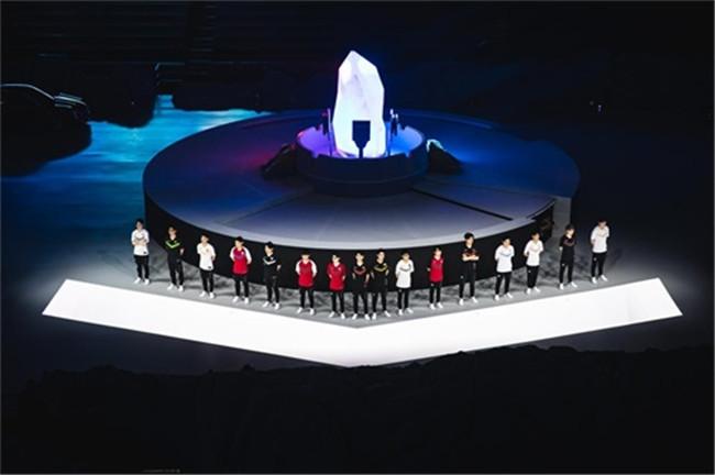英雄联盟8周年盛典落幕 全球总决赛LPL代表队出炉
