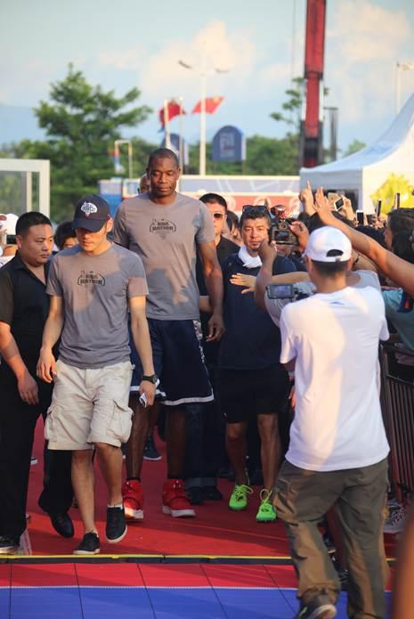 NBA2K Online-官方网站-腾讯游戏-在这里,你就是MVP图片