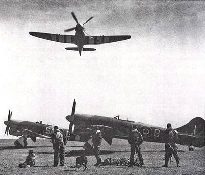 新西兰空军的第486中队的飞机停放在英国纽彻奇机场