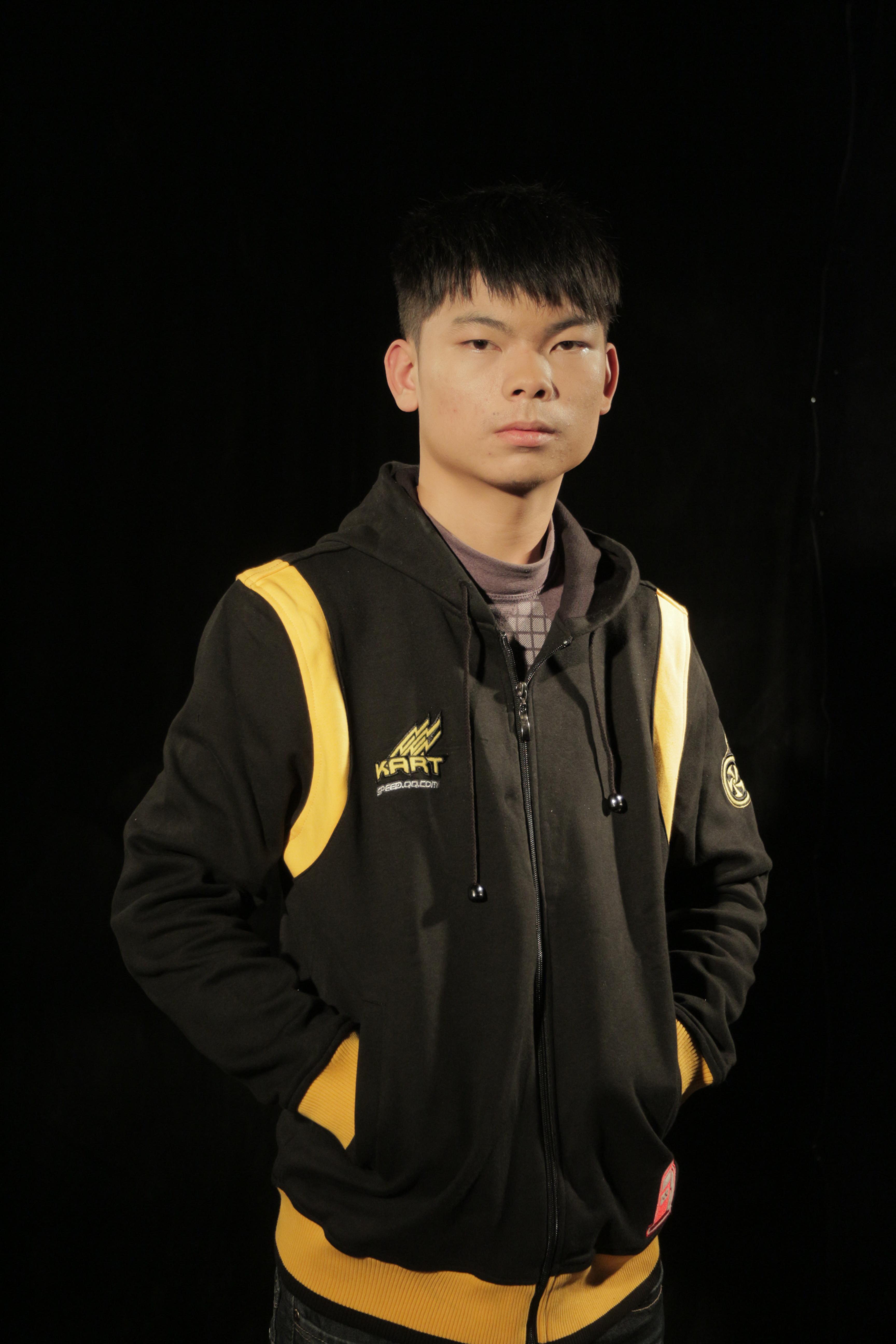 qq飞车竞速什么车好_SSC2013年度总决赛车王严斌专访_QQ飞车_电玩巴士